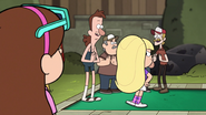 S2e3 giving mabel the look