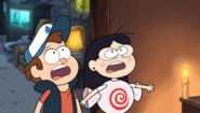 S1e12 Dipper and Candy aghast at Summerween Trickster