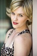 Cast Kari Wahlgren
