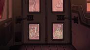 S1e20 bus doors