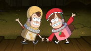 S1e12 Dipper in peanut butter costume Mabel in strawberry jam costume
