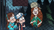 S1e5 wendy punching dipper