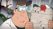 Short3 soos is reading the letter