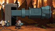 S2e20 Dipper looks scared of Grenda