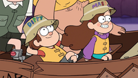 S1e2 dipper and mabel on boat