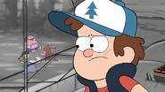 T2e4 Dipper observa a Mabel