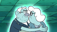 S1e5 ma and pa nose kiss