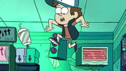S1e5 dipper in the air 1