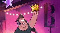 S1e7 soos crown