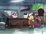 Бабушка в фиолетовом