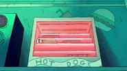 S1e5 hotdog boyfriend