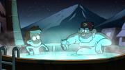S2E16 Dipper und Stan im Bad