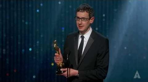 Steven Price Wins Oscar Award 2014 (Gravity)