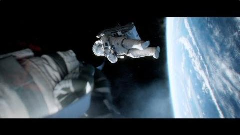"Gravity - ""Experience the Third Dimension"" Featurette HD"