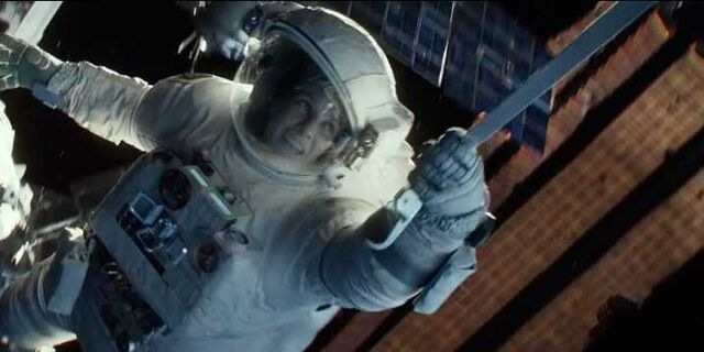 File:New-gravity-trailer-shows-how-scary-it-would-be-to-get-lost-in-space.jpg