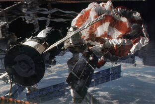 Gravity 472 18