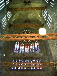 Beauvais interior supports