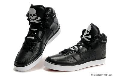 Adidas-Mid-cool-Shoes-black-white