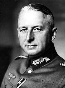 Bundesarchiv Bild 183-H01757, Erich von Manstein
