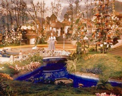 File:Dorothy in Munchkinland.jpg