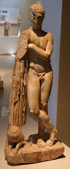 225px-Statue of Podalirius
