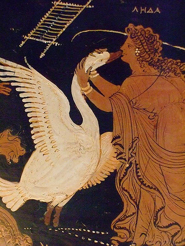stunning-sensual-queen-fresco-discovered-pompeii-l