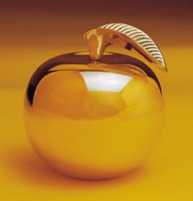 What was inscribed on the golden apple of eris