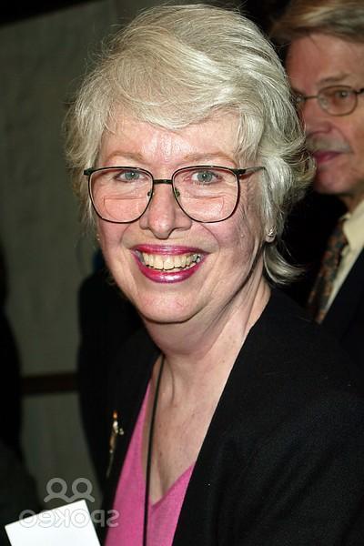 Polly Holliday Gremlins Wiki Fandom Powered By Wikia