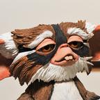 Gremlins-lenny-mogwai-figure-neca-toy-fair-2011 144x144