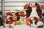 Gremlins-gizmo-plush-assortment-neca-toy-fair-2011 786 poster