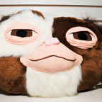 Gremlins-gizmo-giant-plush-head-neca-toy-fair-2011 144x144