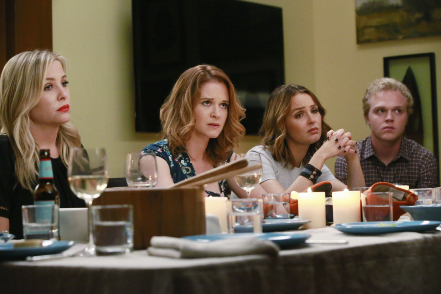 Guess Who\'s Coming to Dinner | Grey\'s Anatomy Universe Wiki | FANDOM ...