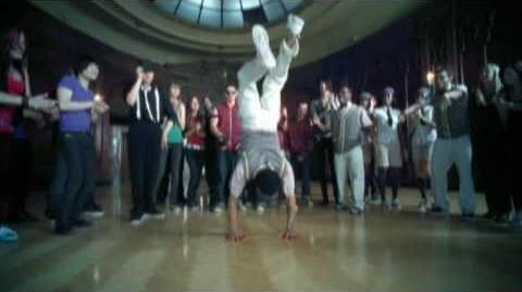 """""""Shake It"""" - Metro Station"""