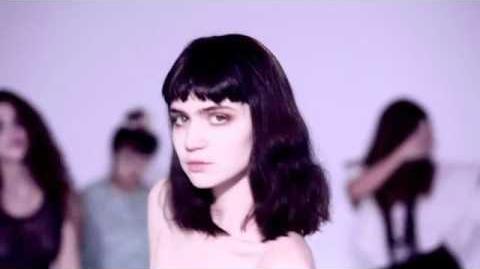 Grimes - Vanessa (Official Video)