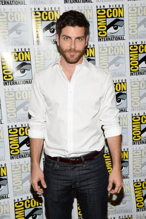 David+Giuntoli+NBC+Grimm+Press+Line+Comic+9siarm1T1FYx