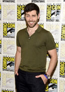 David+Giuntoli+Comic+Con+International+2016+LleJHDhK8KWx