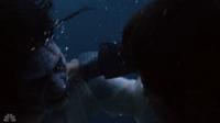 209-Underwater fight3