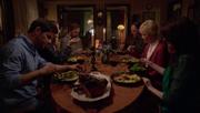 2x13-Dîner familial