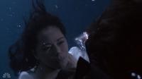 209-Underwater fight4