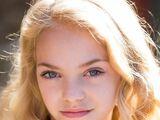 Hannah R. Loyd