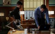302-Renard showing Nick bar surveillance