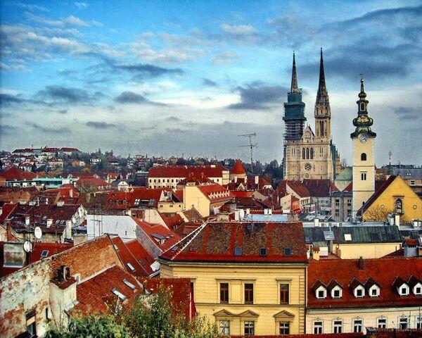 File:Zagreb1.jpg