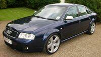 Blue Audi RS6 C5 sedan fl