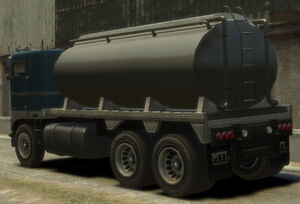 Packer-GTA4-tanker-rear