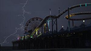 Lightning (V)