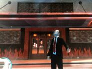 Niko az Angels of Death klubházánál