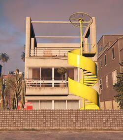 Bertolt Beach House (V)