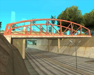 2. Мост над автострадой. Восточный Лос Сантос