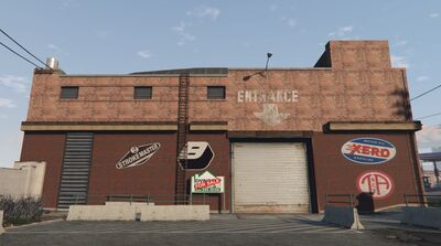 Garaż przy Grove Street (V)