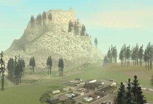 Гора и поселение Энджел Пайн.